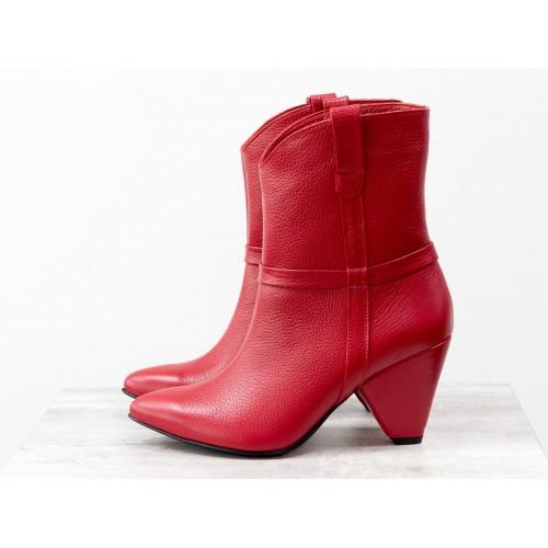 Женские ботинки казаки Gino Figini ярко-красные