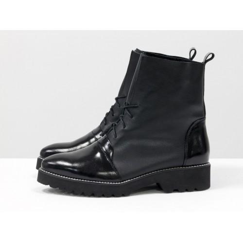 Женские ботинки Gino Figini демисезонные со шнуровкой черные