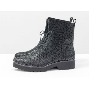 Женские ботинки Gino Figini демисезонные со шнуровкой черные треугольники