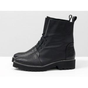 Женские ботинки Gino Figini демисезонные со шнуровкой черный питон