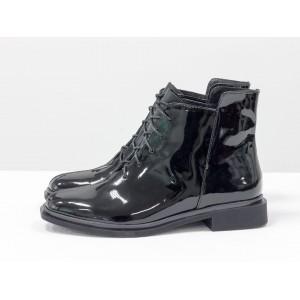 Женские низкие ботинки Gino Figini на плоском каблуке лак