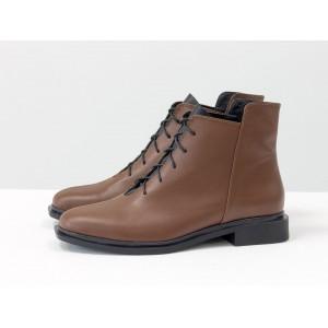 Женские низкие ботинки Gino Figini на плоском каблуке коричневые с черным