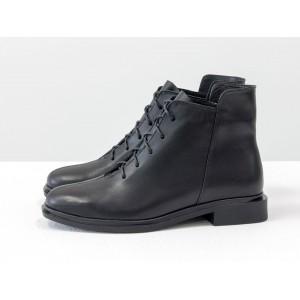 Женские низкие ботинки Gino Figini на плоском каблуке черные