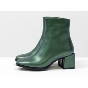 Женские ботинки Gino Figini на квадратном каблуке блестящие зеленые