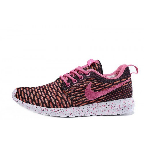 Nike Roshe Run Flyknit London Pink женские кроссовки