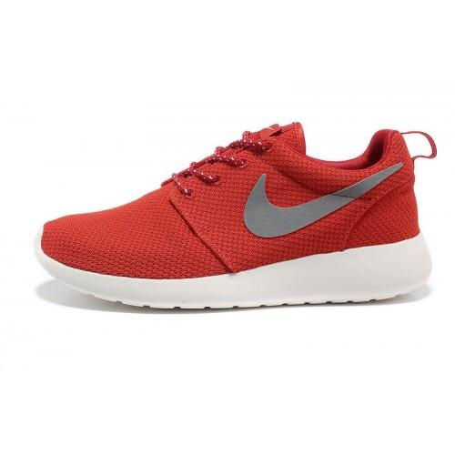 Nike Roshe Run Red женские кроссовки